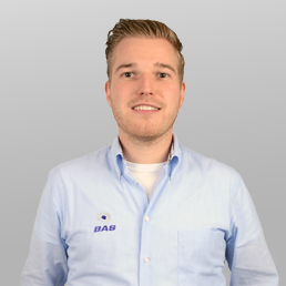 Contact met Max Vennekens, Service Coördinator bij Bas Truck Center